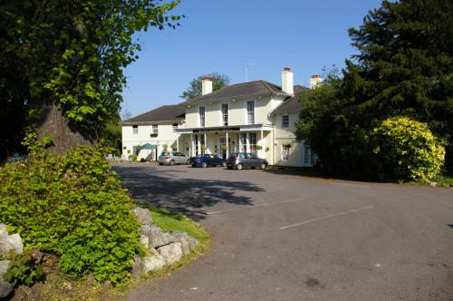 Alton House Hotel in