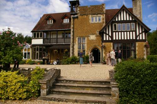 Farnham House Hotel in
