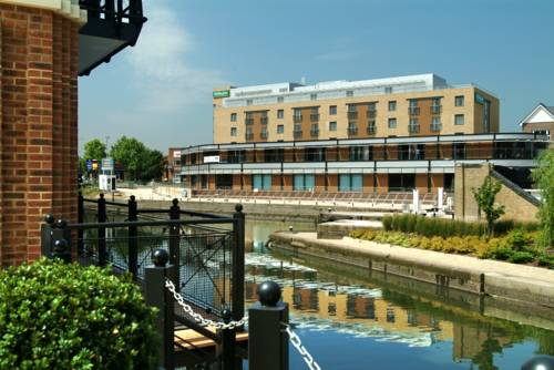 Holiday Inn London Brentford Lock in