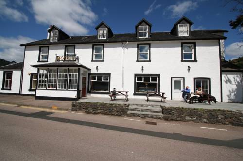 The Goil Inn in Scotland