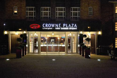 Crowne Plaza Liverpool - John Lennon Airport in Liverpool