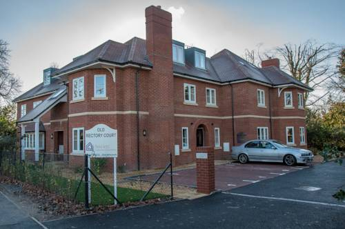 Flexi-Lets@Old Rectory Court, Frimley in