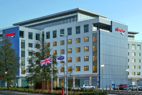 Hampton by Hilton Luton Airport in Luton