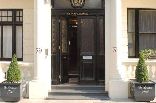 Hotels in knightsbridge bed breakfast hotels uk com for 55 inverness terrace bayswater