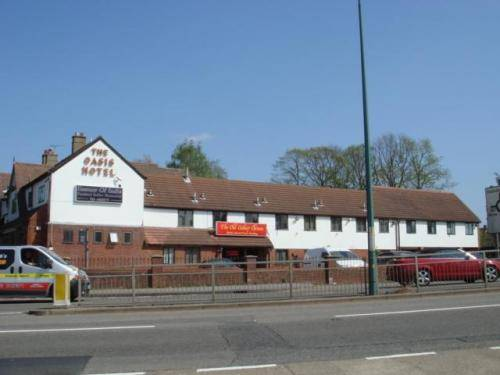 Hotels Accommodation Near Canons Brook Golf Club Harlow