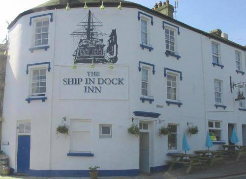 The Ship In Dock Inn in Torquay