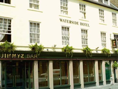 Waterside Hotel in 