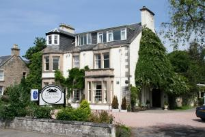Claymore House Hotel in Scotland