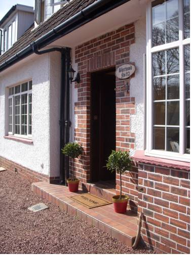 Sherwood Bed and Breakfast in Prestwick