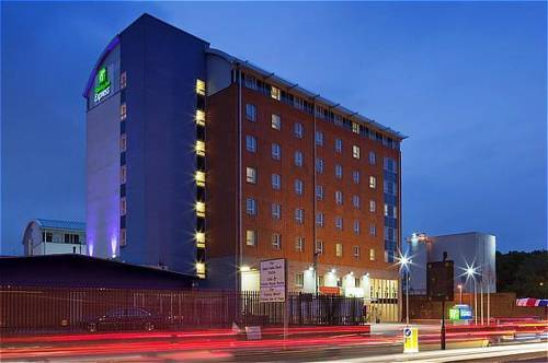 Holiday Inn Express London Limehouse in London