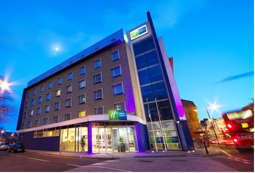 Holiday Inn Express Earls Court in London