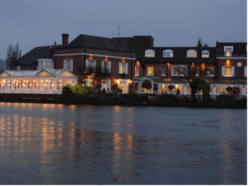 Macdonald Compleat Angler in