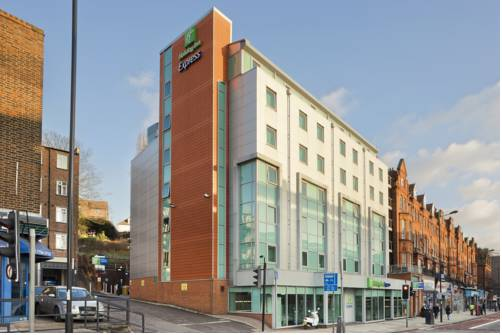 Holiday Inn Express London-Swiss Cottage in London