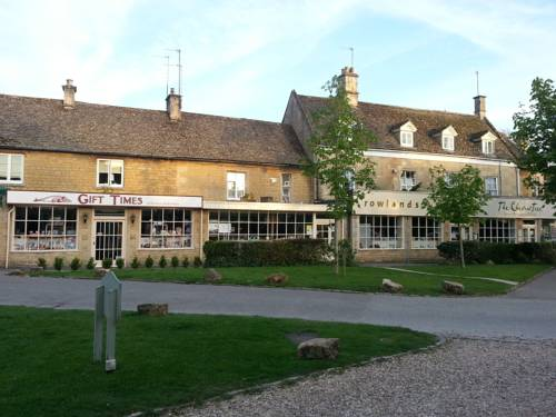 Chestnut Bed and Breakfast in Cotswolds
