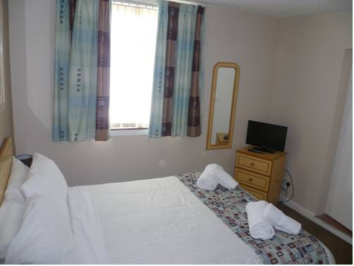 Ayr Town Lodge - Budget Hotel in