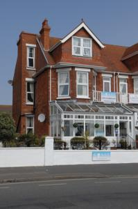 Coast Guest House in Eastbourne