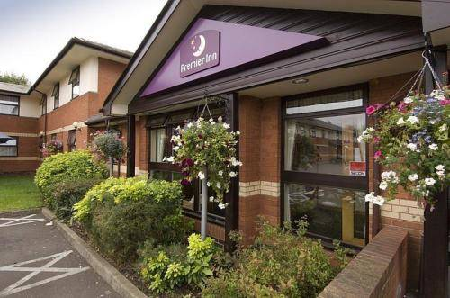 Premier Inn Coventry (BinleyA46) in