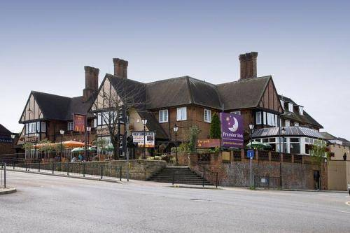 Premier Inn London Harrow in 