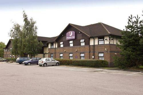 Premier Inn Solihull South (M42)