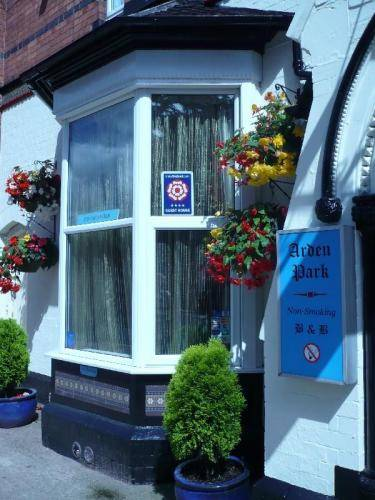 Arden Park Guest House - 100% Non Smoking in Cotswolds