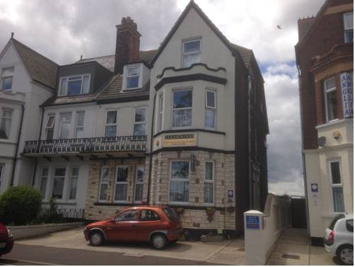 Cleasewood Guest House in Great Yarmouth