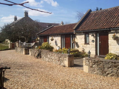 The Beeches Farmhouse BandB and PigWig Self Catering Cottages in Bath
