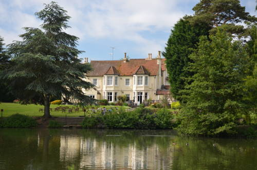 Worplesdon Place Hotel in