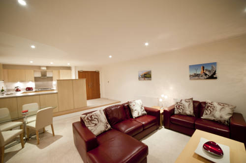 Penthouse Serviced Apartments @ LaCuna in Cardiff