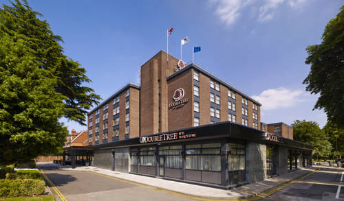 DoubleTree by Hilton London Ealing in London