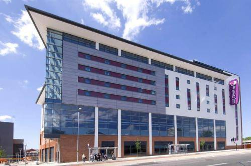 Premier Inn Coventry City Centre in