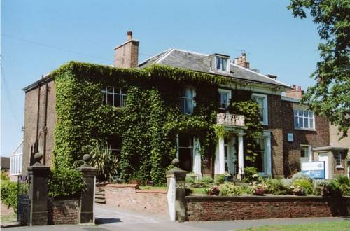 Knavesmire Manor Hotel and Leisure