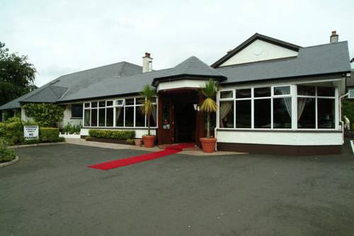 Bushtown Hotel In Coleraine County Londonderry Bt51 3qt Book Rooms Direct