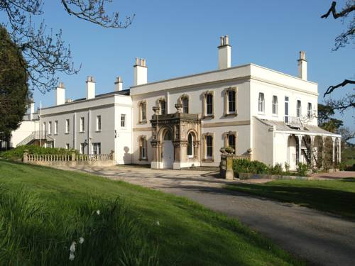 Courtlands House