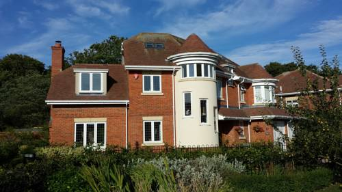 Shalbourne House Bed and Breakfast