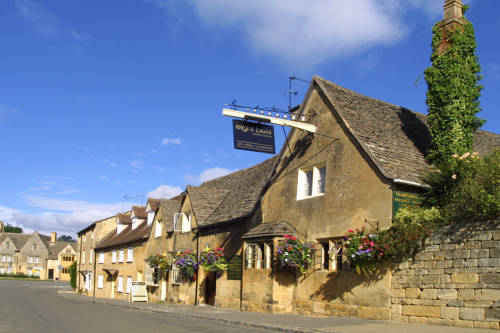 Eight Bells Inn in Cotswolds