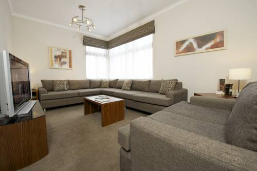 The Knight Residence by Mansley Serviced Apartments in Edinburgh