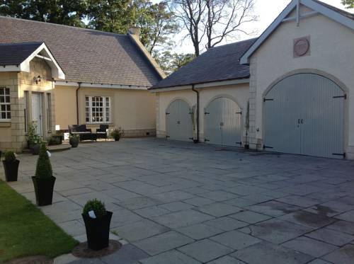 Kellerstain Stables B and B in Scotland
