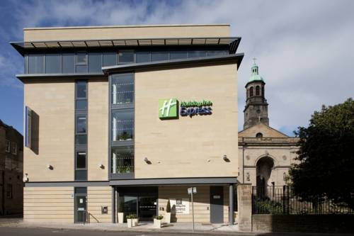 Holiday Inn Express Edinburgh � Royal Mile
