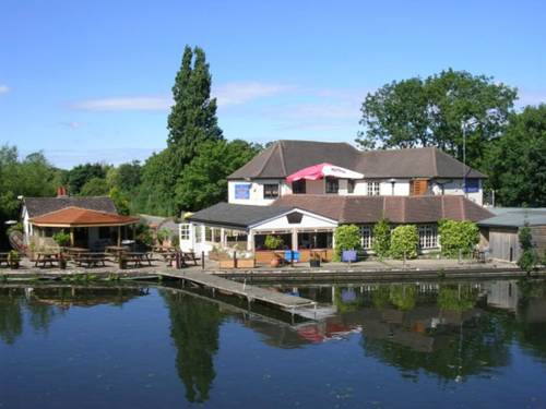 The WatersEdge, Canal Cottages