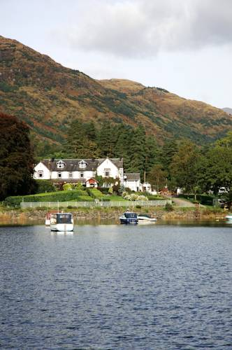 Ardlui Hotel in Scotland