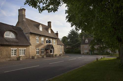 Dashwood Restaurant Rooms and Bar in Cotswolds