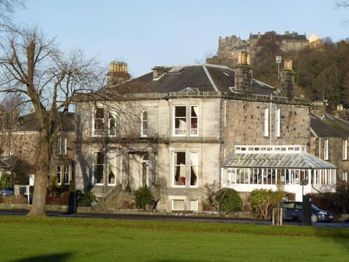 Victoria Square Guest House in Scotland
