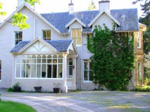 Ballindarroch Country House in Scotland