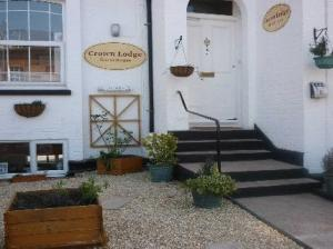 Crown Lodge Guest House in