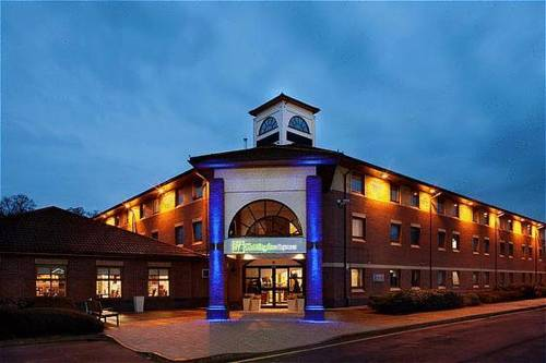 Holiday Inn Express Warwick - Stratford-upon-Avon in
