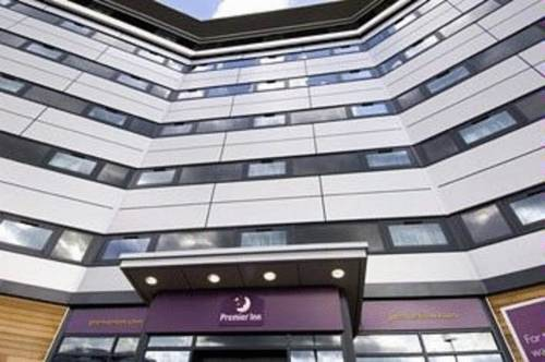 Premier Inn Manchester Airport Runger Lane North