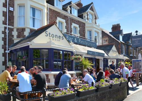 Stones Hotel Bar and Restaurant