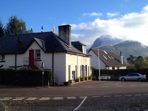 Chase the Wild Goose Hostel in Fort William