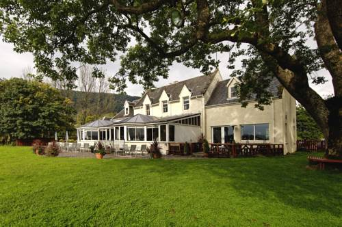 The Lake Of Menteith Hotel in Scotland