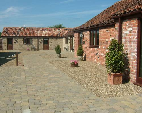 The Courtyard, Laurel Farm in Great Yarmouth